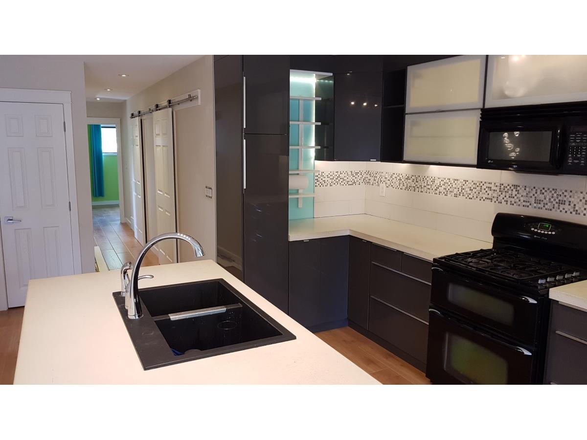 Red Deer Duplex pour le loyer, cliquer pour plus de détails...