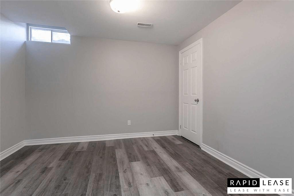 Oakville Ontario Basement Suite For Rent