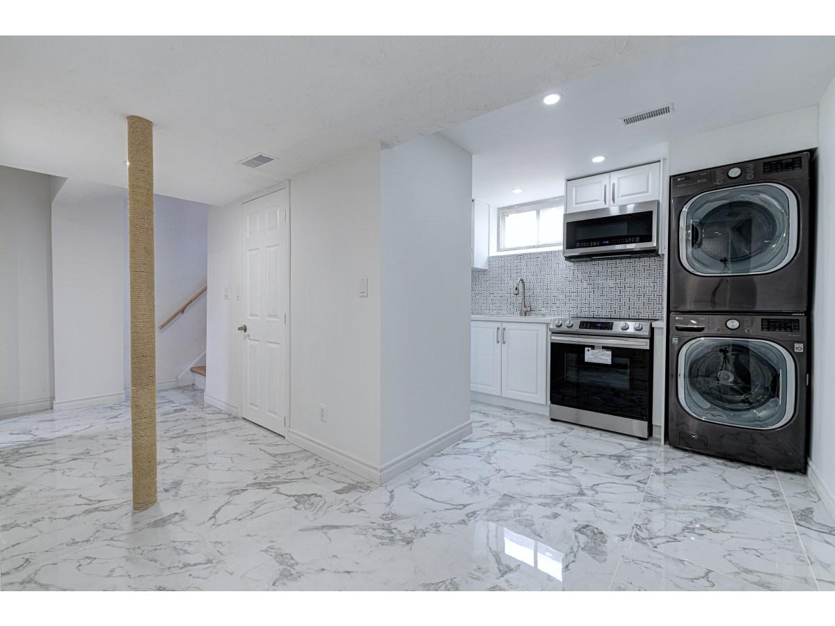 Scarborough Basement Suite for rent, click for more details...