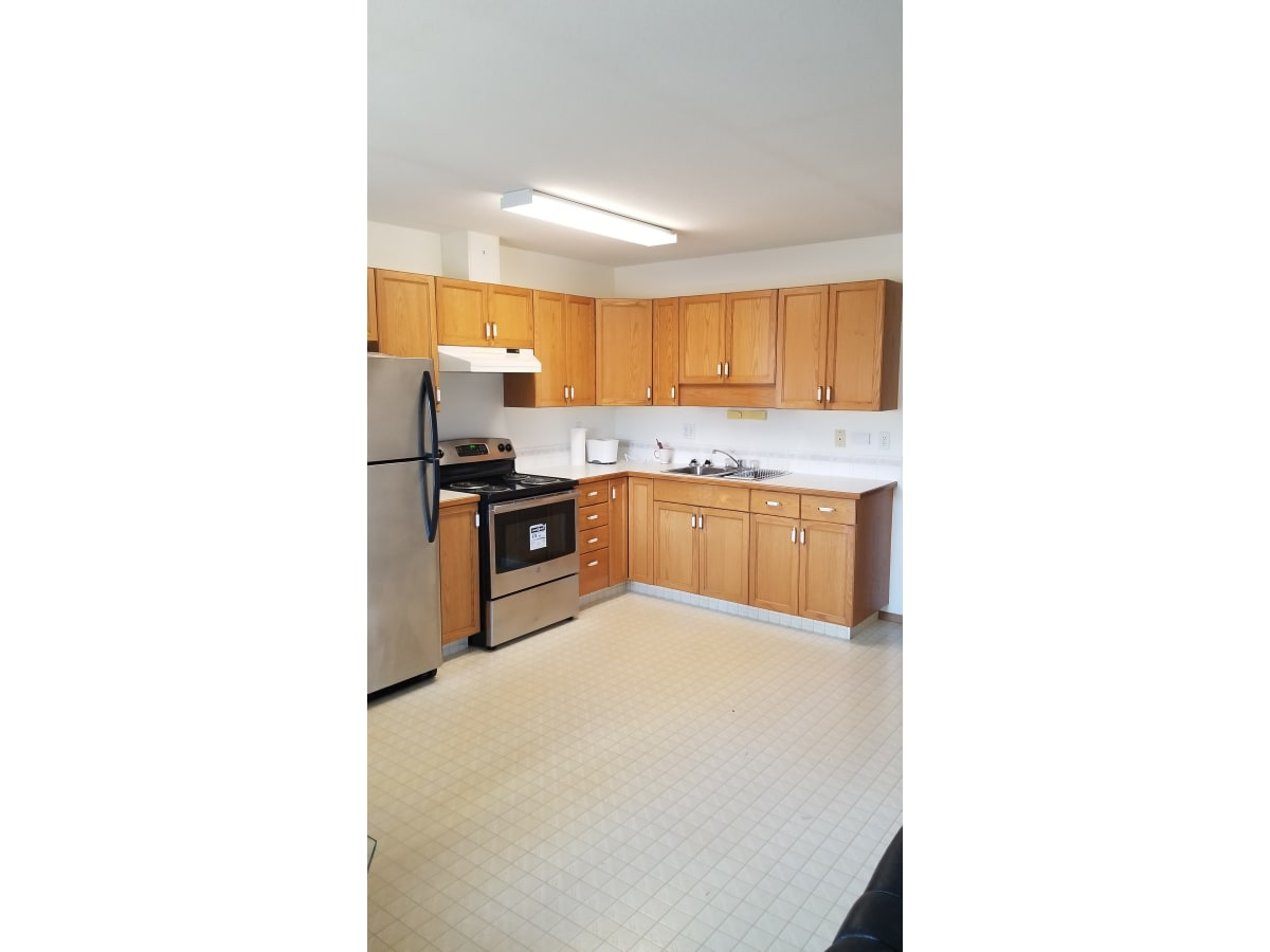 Innisfail Condominium for rent, click for more details...