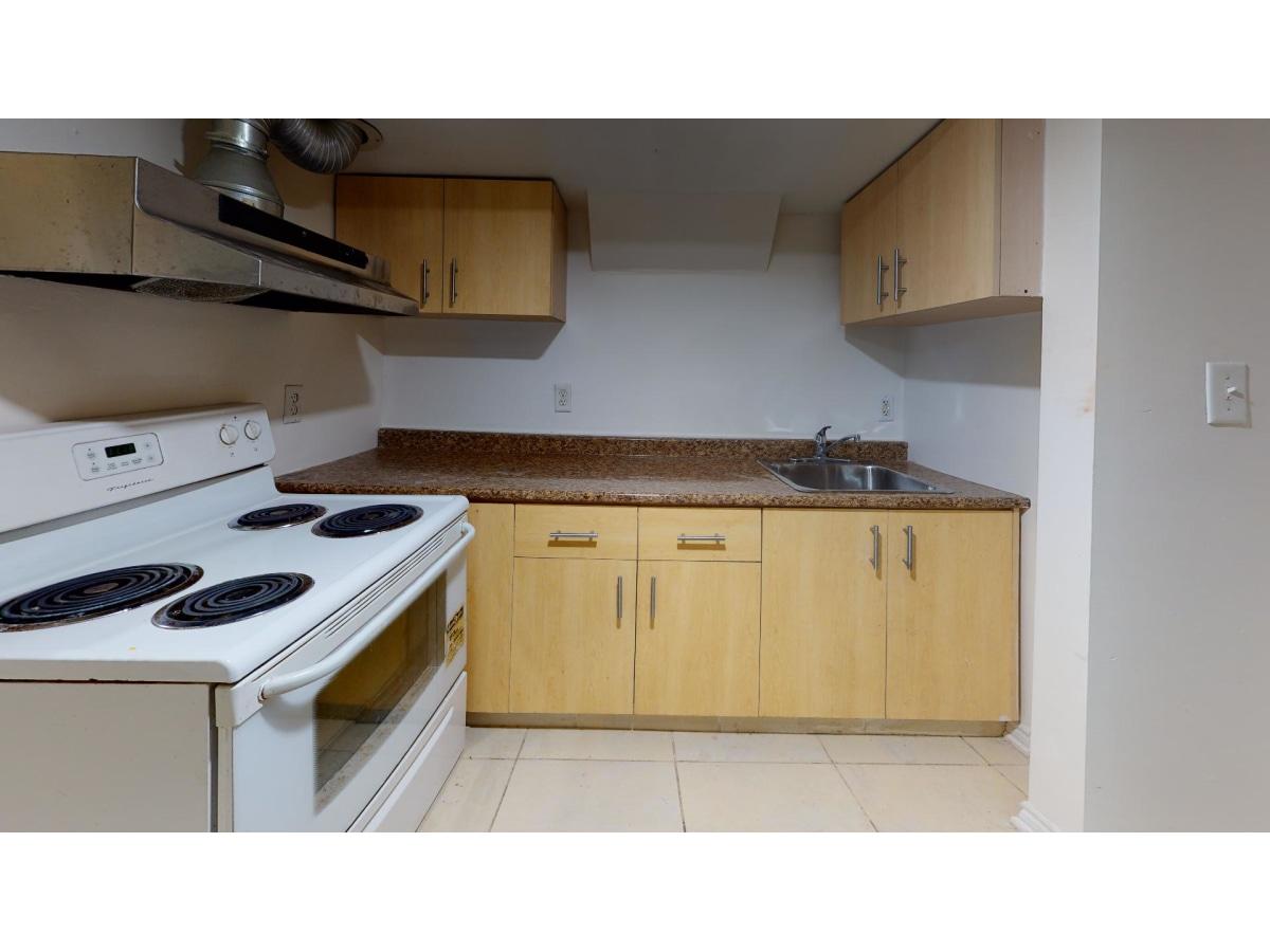 Etobicoke Basement Suite for rent, click for more details...