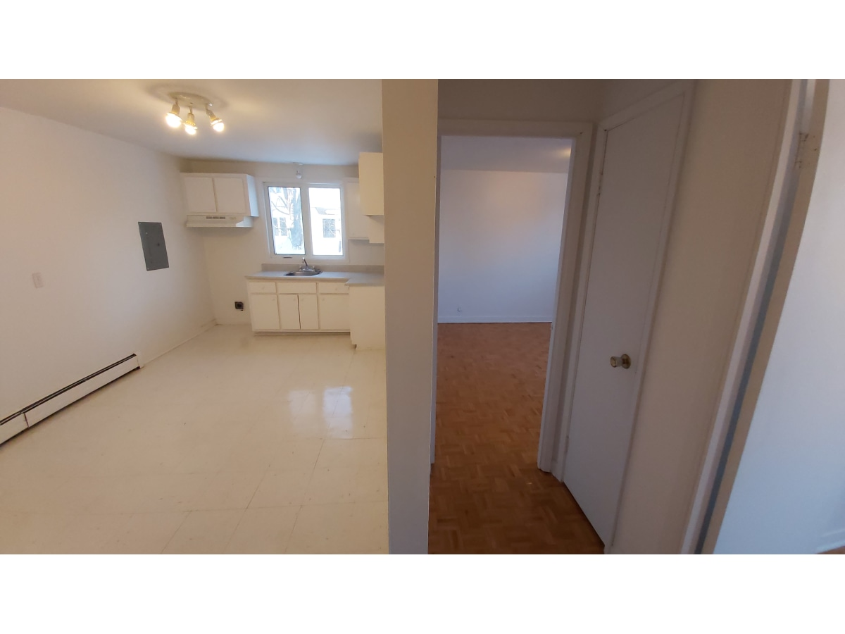 Sillery Apartment for rent, click for more details...
