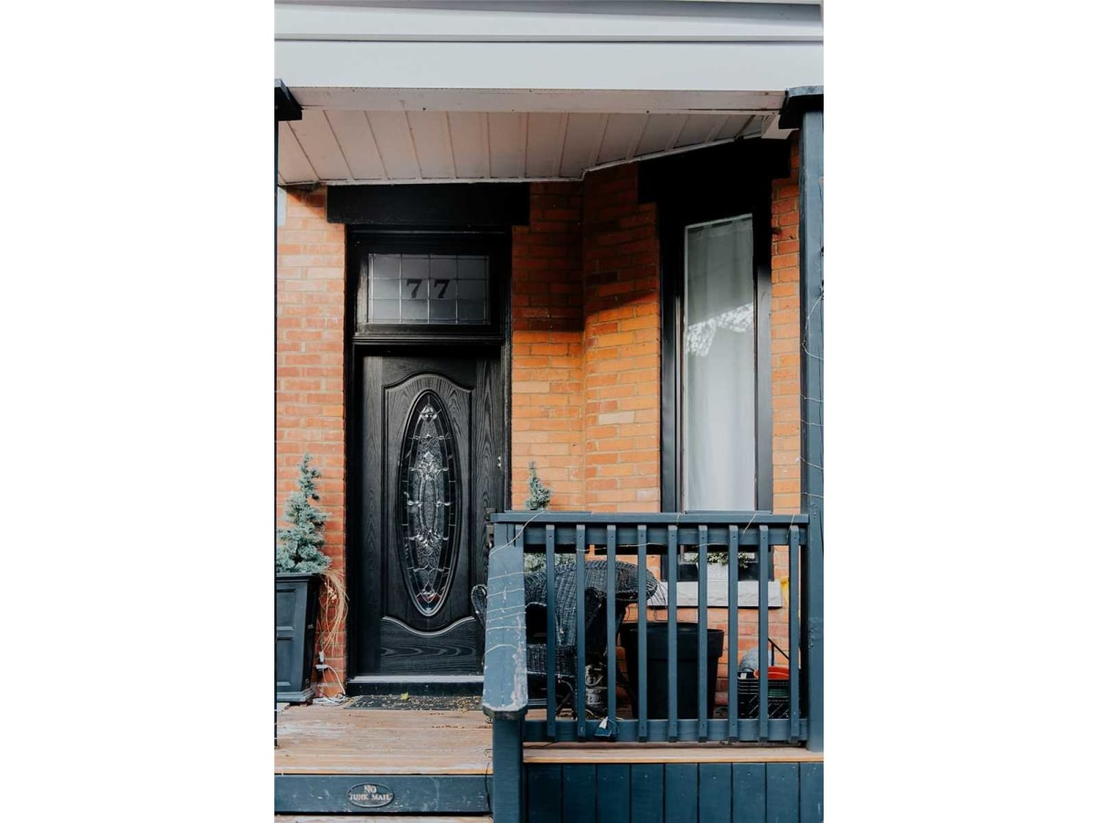 Toronto Suite for rent, click for more details...