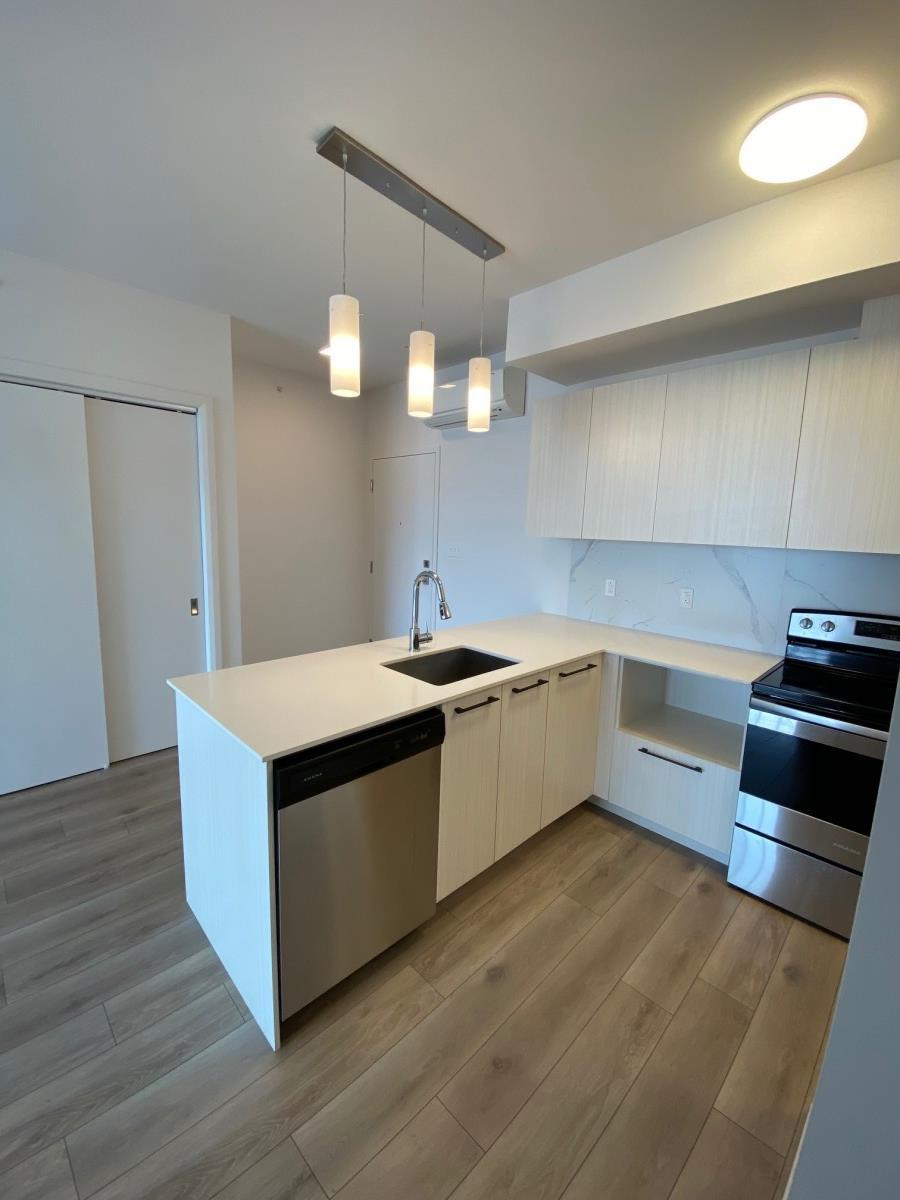Chomedey Condominium pour le loyer, cliquer pour plus de détails...