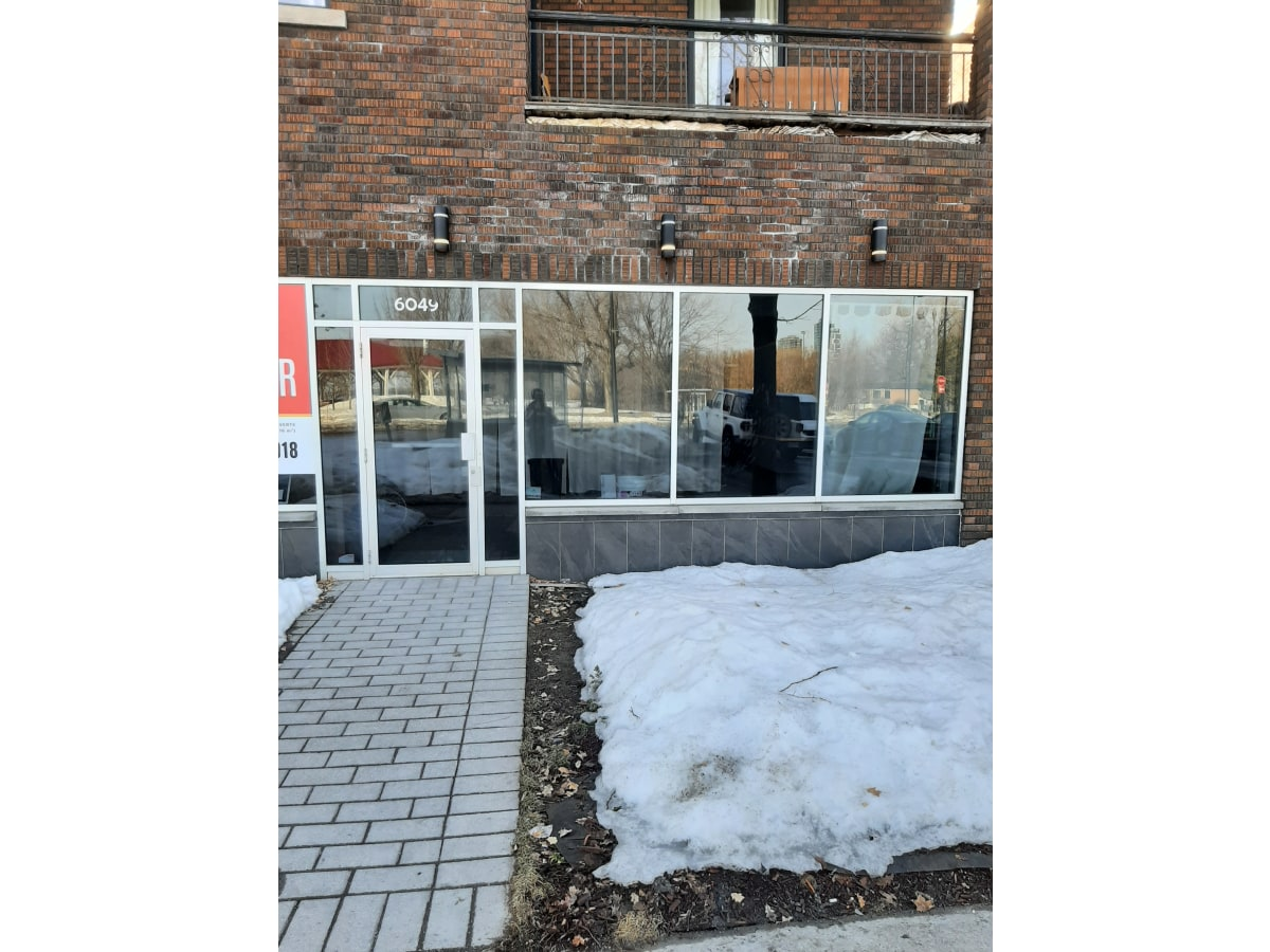 Verdun Commercial Property for rent, click for more details...