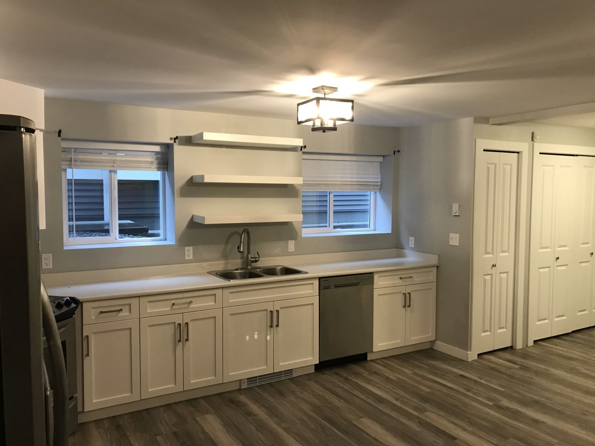 Abbotsford Basement Suite for rent, click for more details...