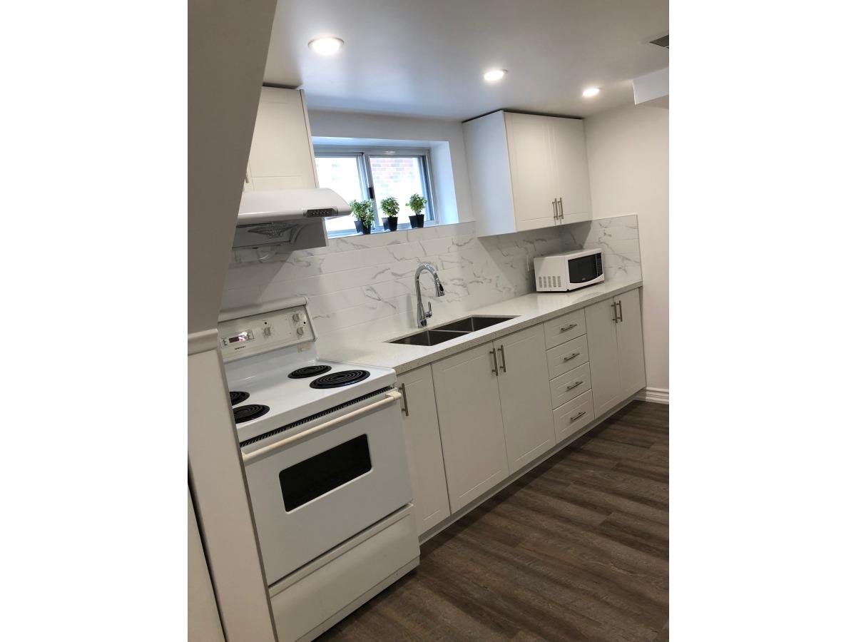 Etobicoke Room for rent, click for more details...